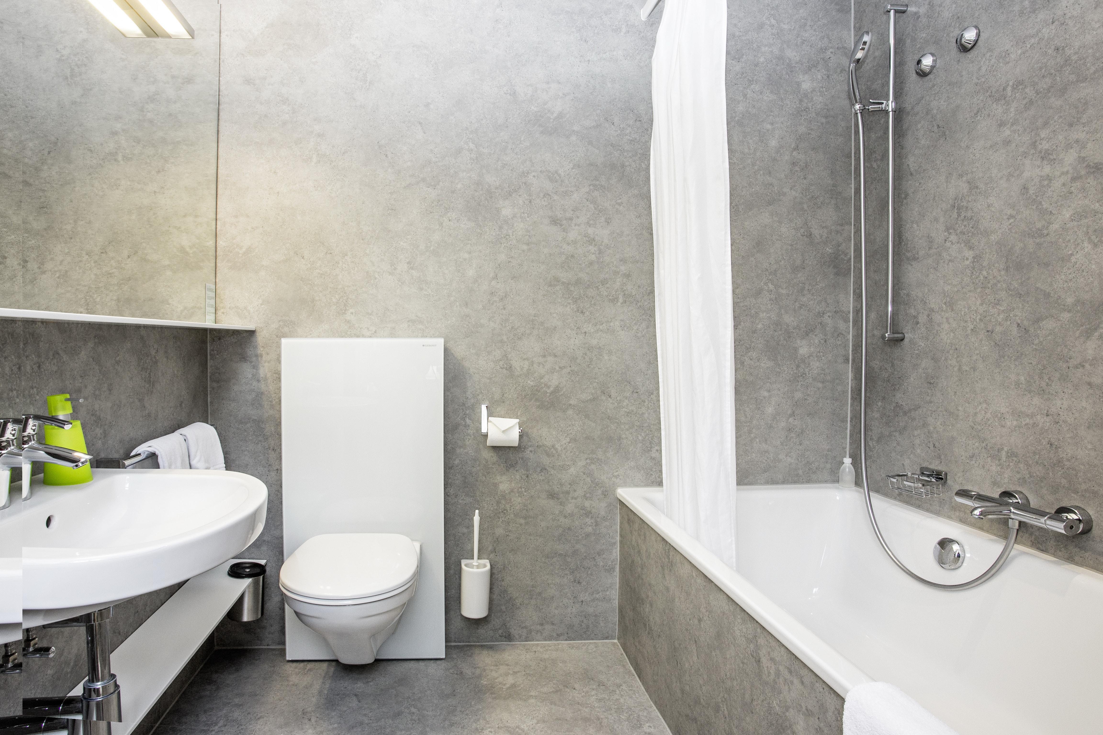 Salle de bain, baignoire/wc